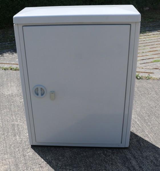ADC Krone KVz-Gehäuse 59m1 mit Profilgestell eintürig - 5267 1 854-00